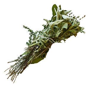 Bouquet garni: thyme, bay leaves, sage