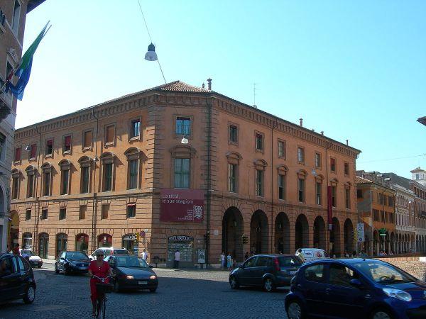 Teatro Comunale (Ferrara) - Wikipedia
