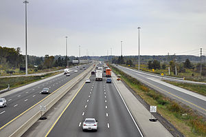 English: Highway 401 seen from the Wellington ...