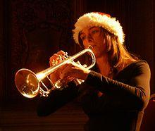 220px-Trumpet_imgp8944crop.jpg