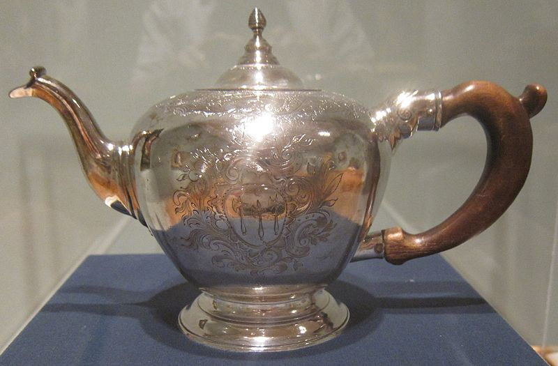 File:Silver teapot made by Nathaniel Hurd, c. 1755-60, Cleveland Museum of Art.JPG