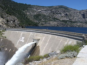 English: The O'Shaughnessy Dam in Yosemite Nat...