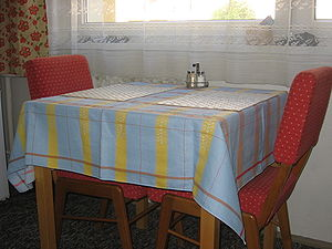 English: Tablecloth Česky: Ubrus