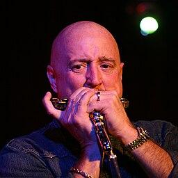 Kim Wilson plays harmonica 2007
