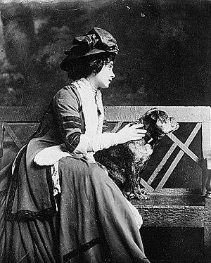 Lady Victoria Marjorie Harriet Manners (1883–1...