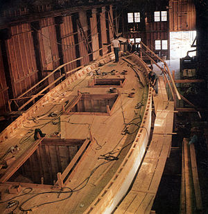 English: Schooner Appledore II under construction.
