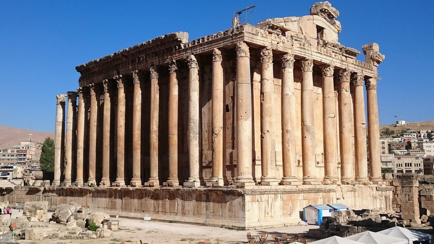 Temple of Bacchus.jpg