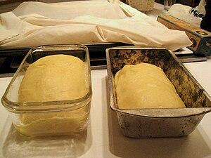 Bread pan. Deutsch: Backform.