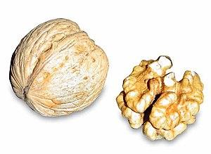 English: a walnut and a walnut core