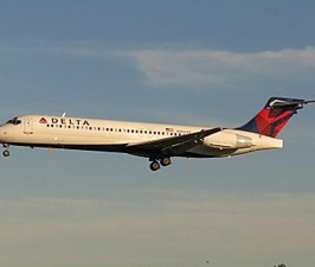 Delta Air Lines Boeing 717 2bd N966at Jpg