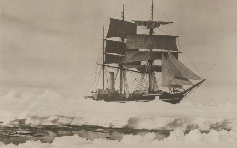 Herbert Ponting Scott's ship Terra Nova 1910