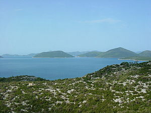 English: Countryside along the Adriatic shore ...