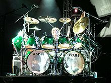 Tama Drums   Wikipedia Simon Phillips