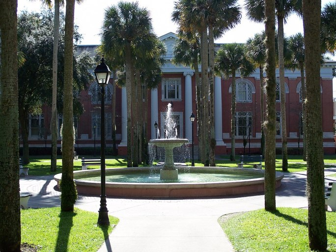 Stetson Univ - Sampson Hall1
