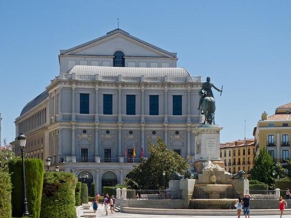 Teatro Real - Wikipedia