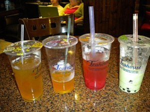 English: Four Bubble Tea drinks from the Teaho...