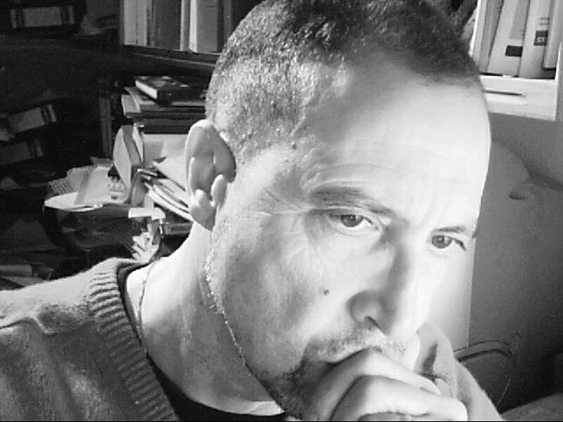 File:Felix Alvarez 10 NOV 07 - THINKING CAP.JPG