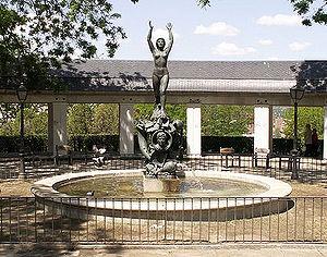 English: Monument to Ramón Gómez de la Serna (...