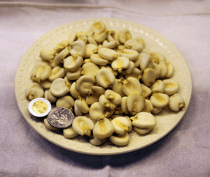 Dried Maize Mote (Hominy) from the Mercado Ben...