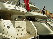 Yacht Wikipdia
