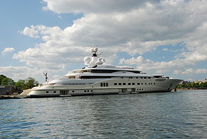 Roman Abramovich's yacht Pelorus at the quaysi...