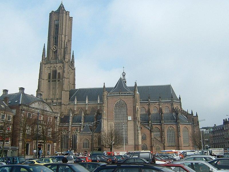 De Eusebiuskerk in betere tijden