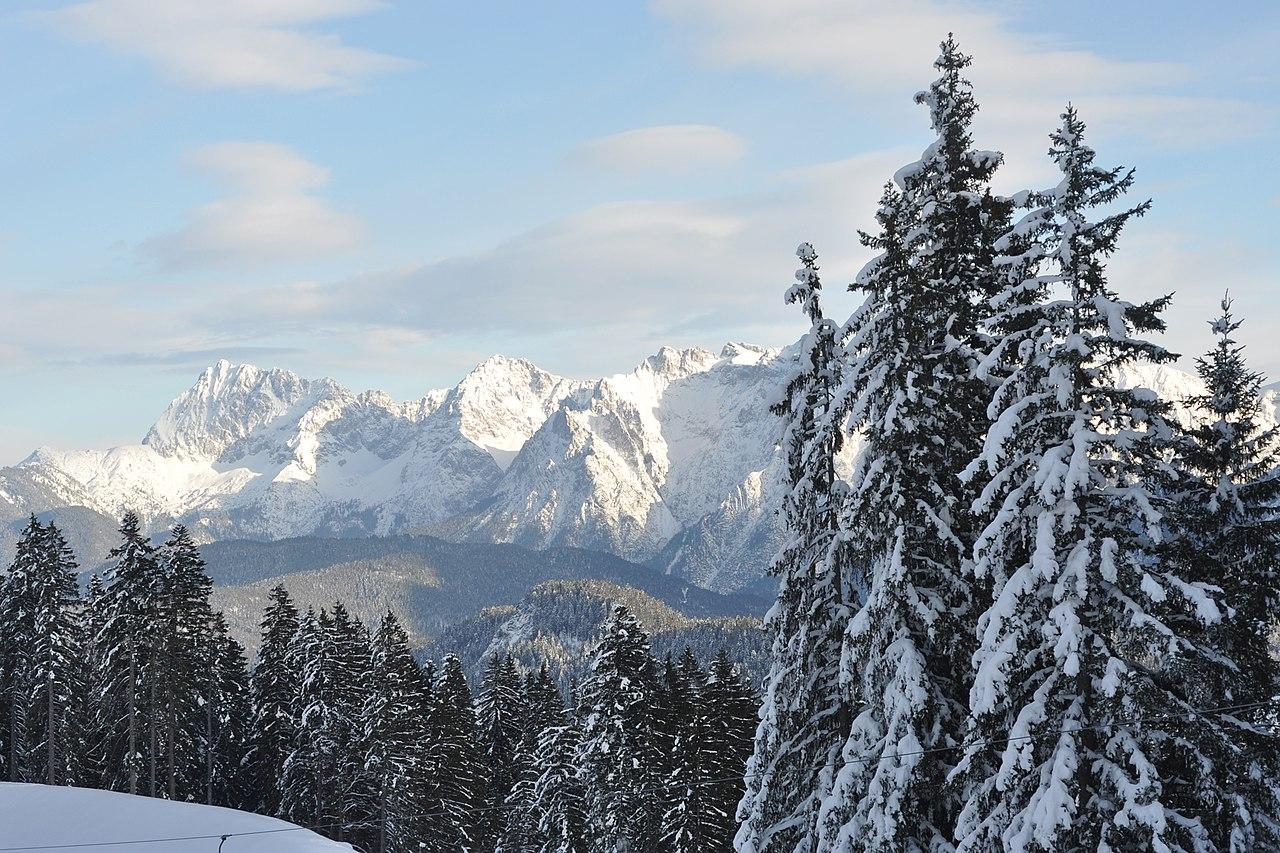 File Strong Bonds Retreat In Garmisch Germany January
