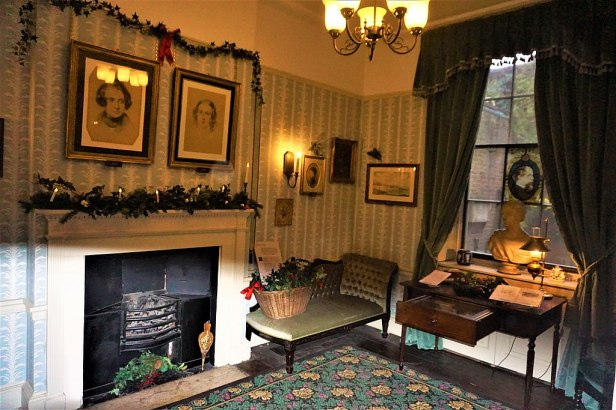 Charles Dickens Morning Room - Joy of Museums