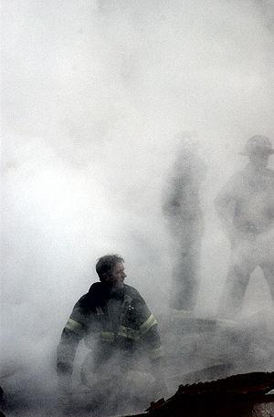 Firefigher Smoke World Trade Center New York C...