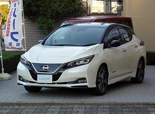 Nissan LEAF G (ZAA-ZE1)