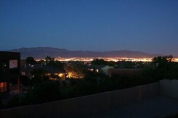 English: Dusk in Albuquerque, New Mexico, take...