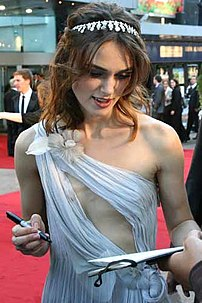 Keira attends the premiere of Atonement