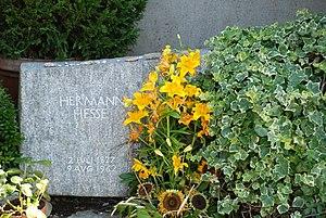 English: Tomb of Hermann Hesse