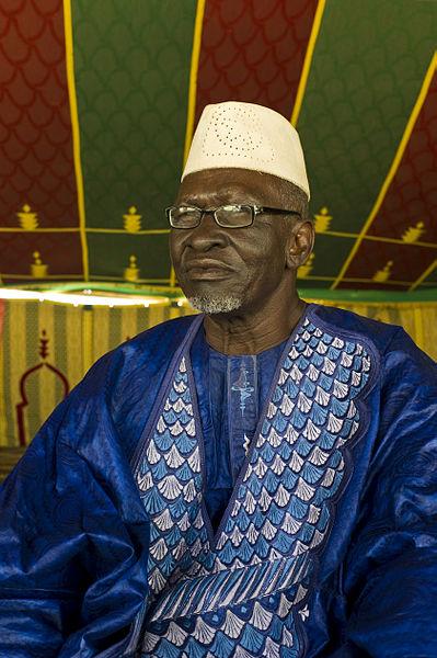 File:Songhai man near Timbuktu, Mali 2012.jpg