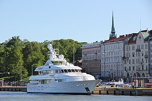 English: Luxury yacht Northern Light in Helsin...