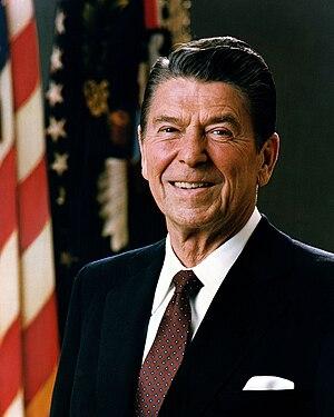 Česky: Oficiální portrét amerického prezidenta...