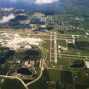 English: Aerial view of Orlando Sanford Intern...