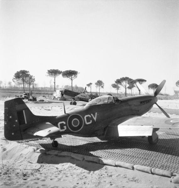 File:P-51D 3 Sqn RAAF at Cervia 1945.jpg