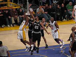 Photo of action during a San Antonio Spurs (in...