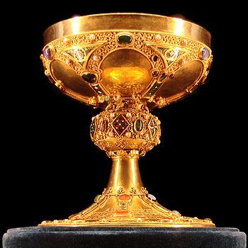 Calice du sacre,fin du XIIème siècle,Palais du...