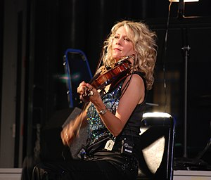 English: Natalie MacMaster - Boarding House Pa...