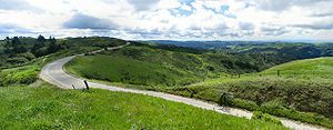 Skyline Boulevard stretches through the Santa ...