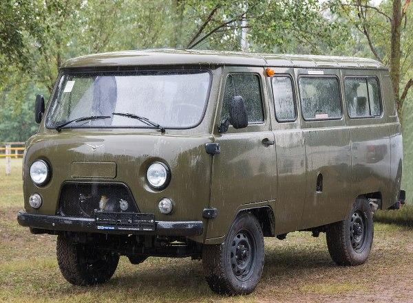 УАЗ-452 — Википедия