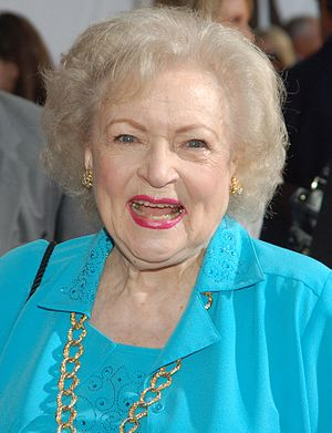 Betty White at the premiere for The Proposal