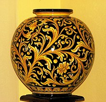 The towns of santo stefano di camastra and monreale, just outside palermo, also boast important and distinct ceramics traditions of their own. Ceramica Di Caltagirone Wikipedia