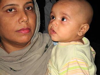English: mothers day photo, Pakistani mother a...