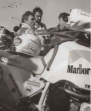 Français : Champion de moto-cross et double va...
