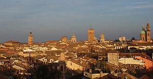 English: Skyline of Reggio Emilia, Italy