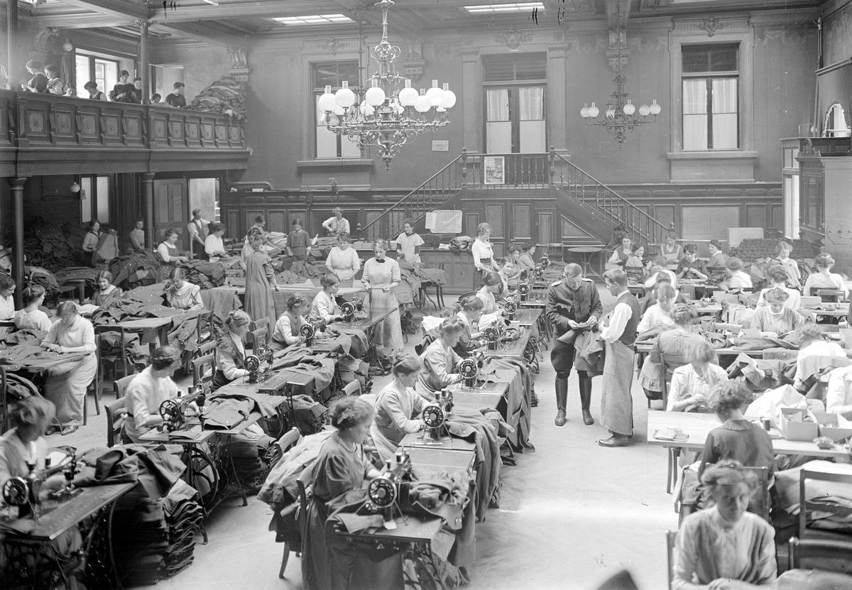 Die Armeeschneiderwerkstätte in Bern - CH-BAR - 3238724.tif