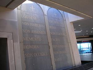 Domus Galilaeae Latin Ten Commandments.